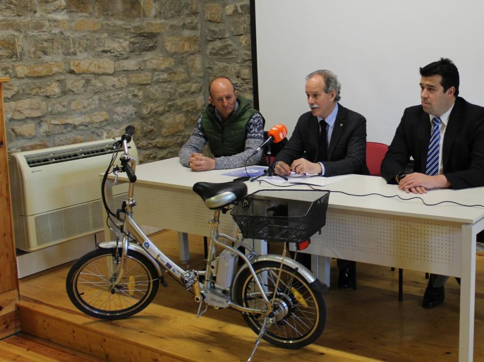 Las fundaciones del Hidrógeno y del Quebrantahuesos fomentarán la movilidad sostenible en Aínsa