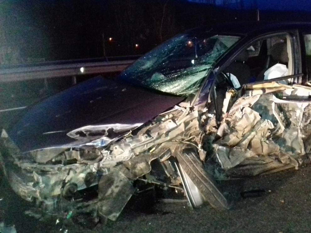 Una colisión múltiple entre un camión y dos turismos en término de Puente de Montaña deja cinco heridos