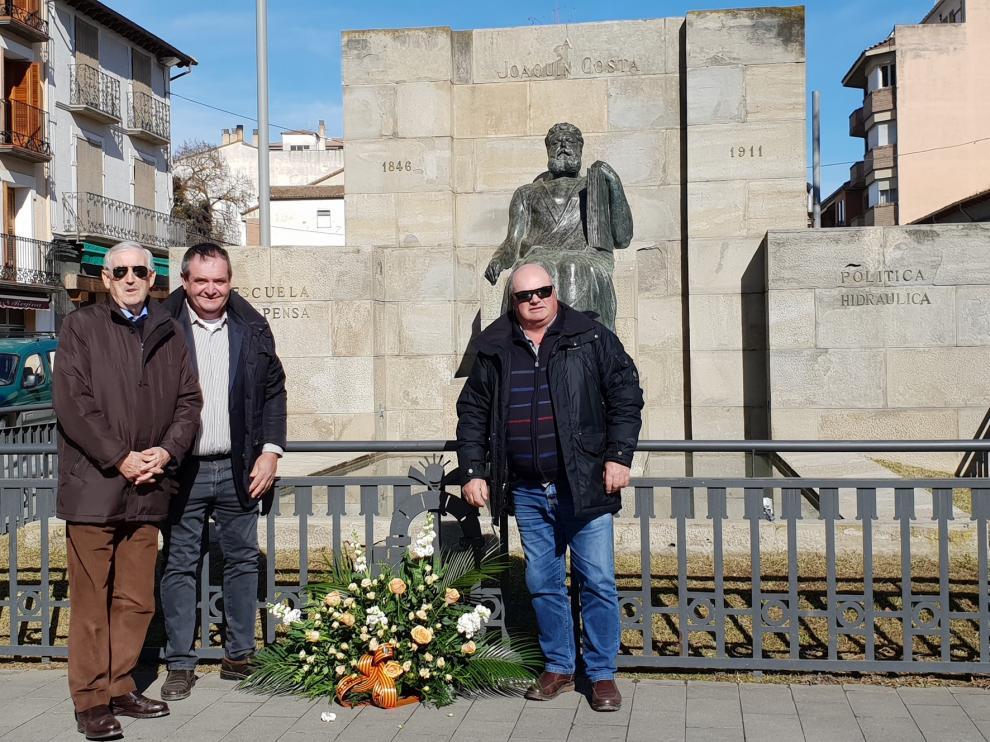 Graus recuerda a Joaquín Costa en un acto sencillo y emotivo