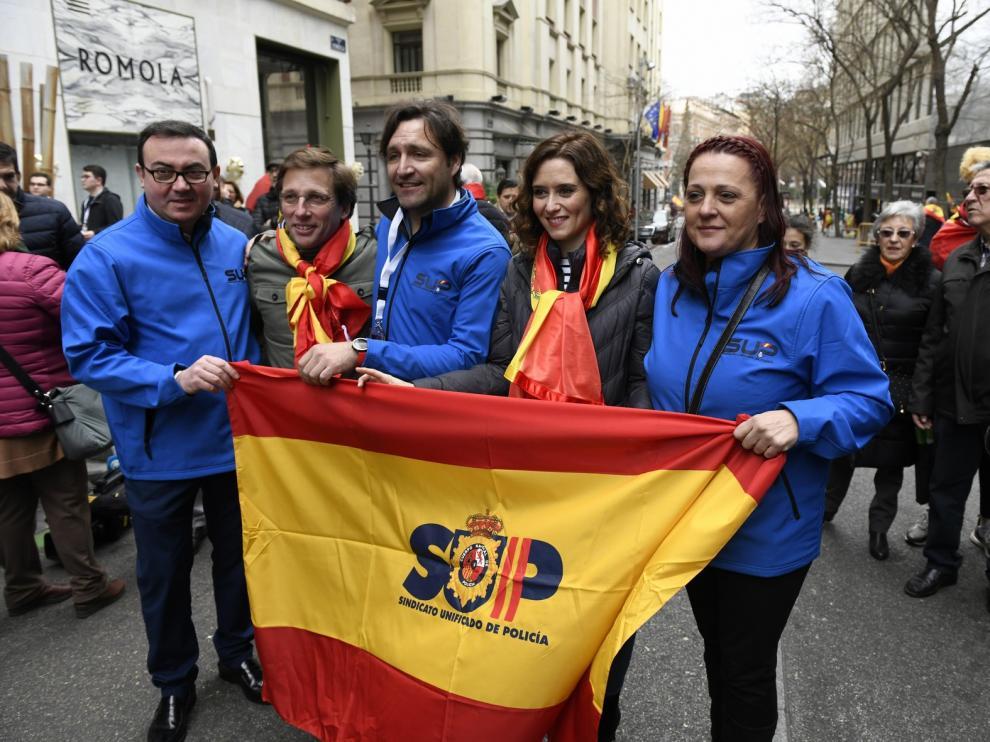 PP, Cs y Vox convocan a miles de personas en Madrid