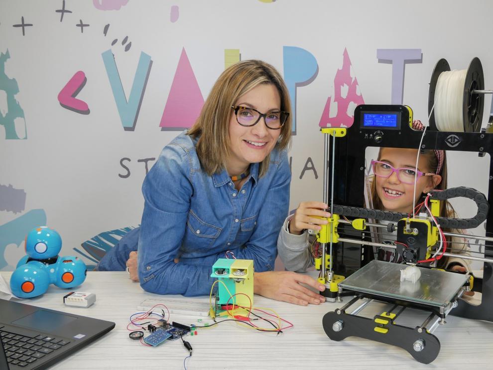 """Profesora y alumna de Mini Vinci lanzan el proyecto """"ValPat Steam"""""""