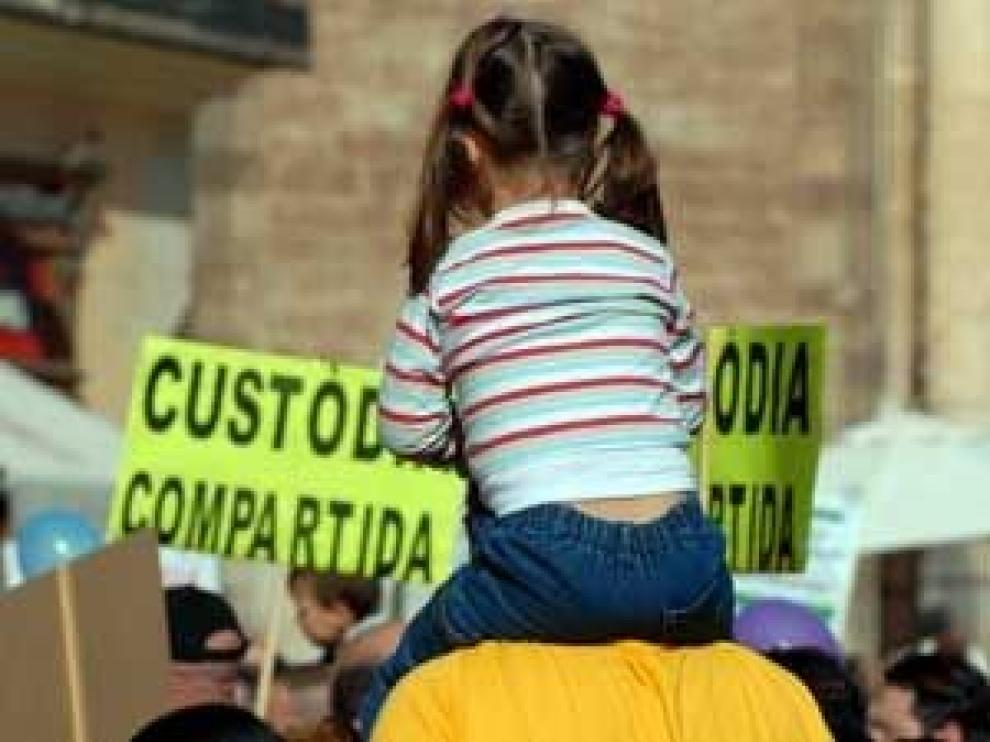 PP critica el intento de suprimir la custodia compartida como primera opción