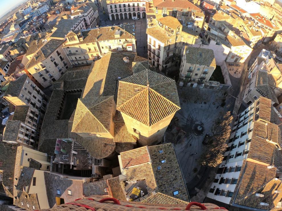 El alcalde de Huesca, partidario de la sustitución de la propiedad en solares en ruina
