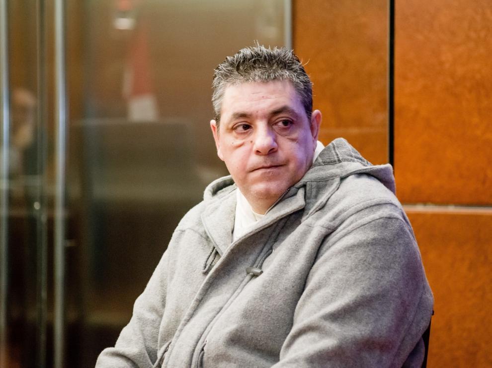 El acusado descuartizó a su amiga por un microondas
