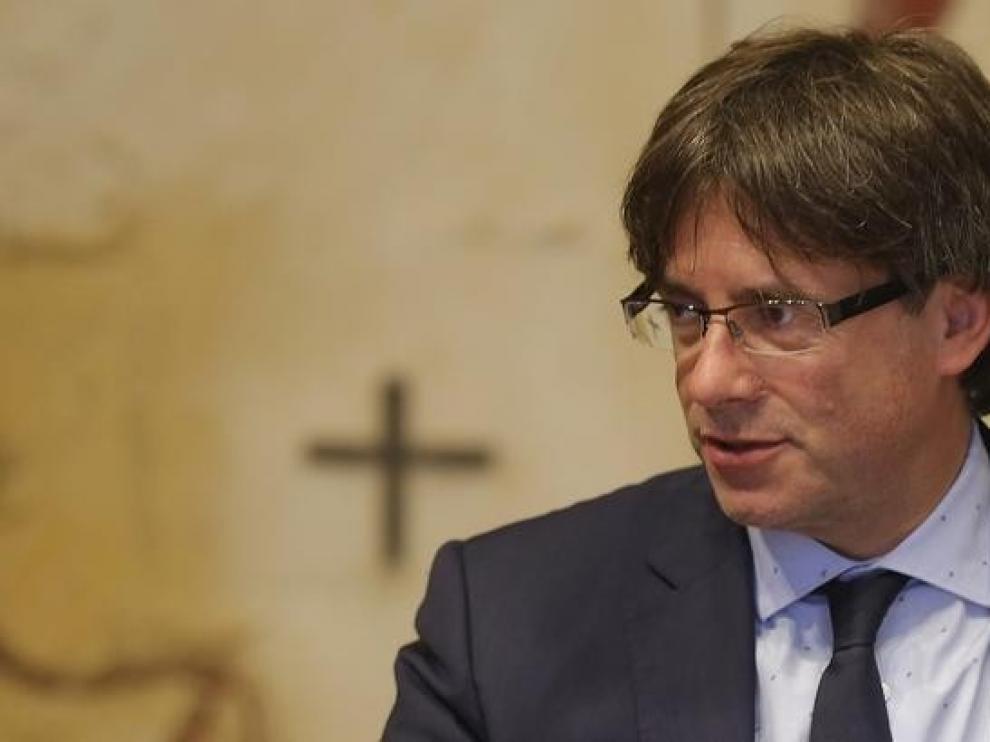 """Puigdemont dice que espera una """"tercera euroorden"""" en las próximas semanas"""