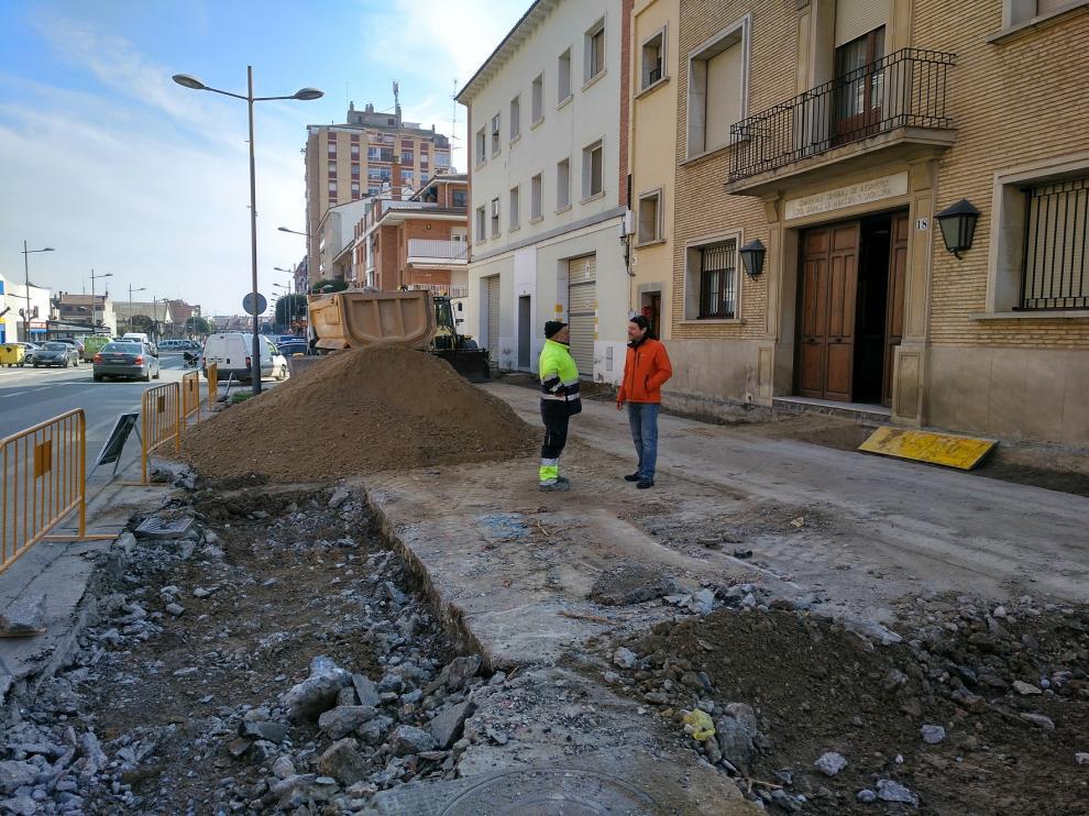 El Ayuntamiento de Binéfar opta por unas baldosas que limpian el aire de gases nocivos