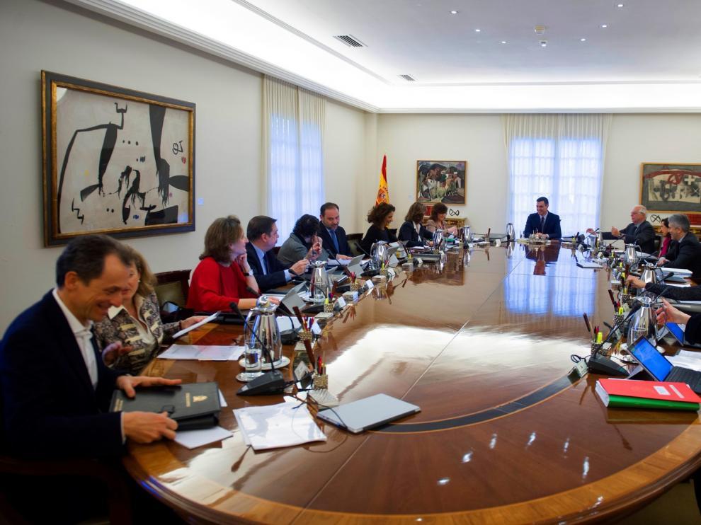El Gobierno aprueba el Ingreso Vital y fija en 461,5 euros el mínimo mensual garantizado