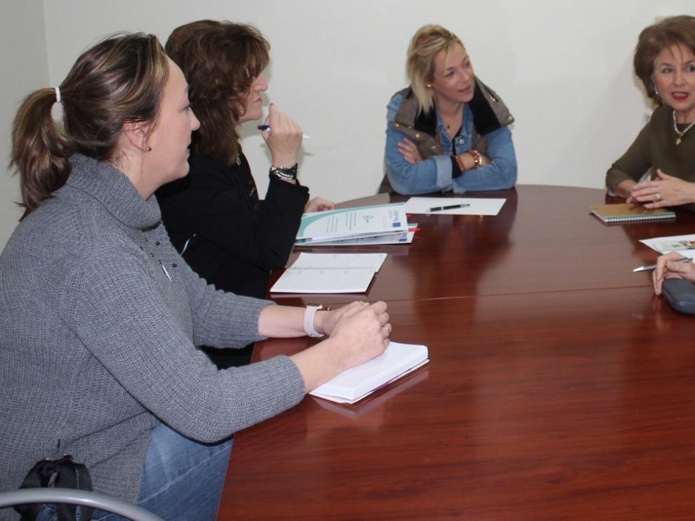 La Asociación de padres y amigos de sordociegos se interesa por el proyecto Se Canto