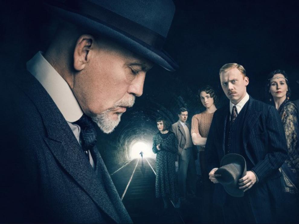 John Malkovich se transforma en Hércules Poirot en una serie