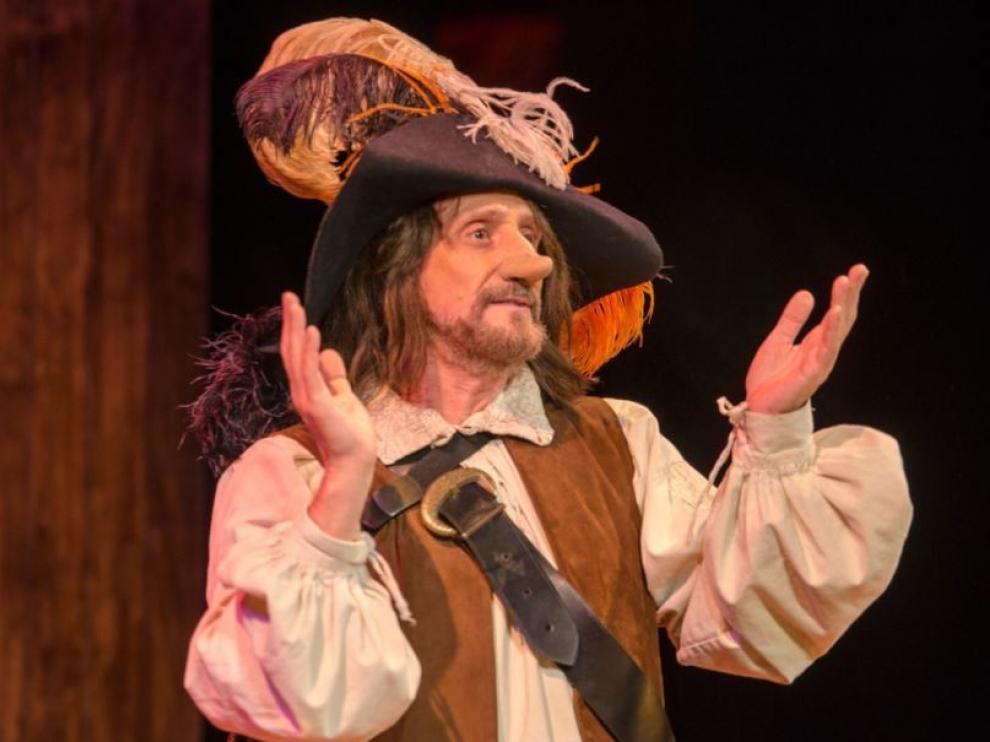"""José Luis Gil: """"Los actores tenemos la necesidad de hacer teatro, es una terapia maravillosa"""""""