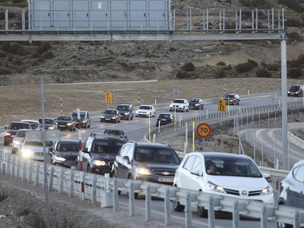 Retenciones en el puerto de Monrepós desde las 17 hasta las 20:30, en el regreso de las estaciones