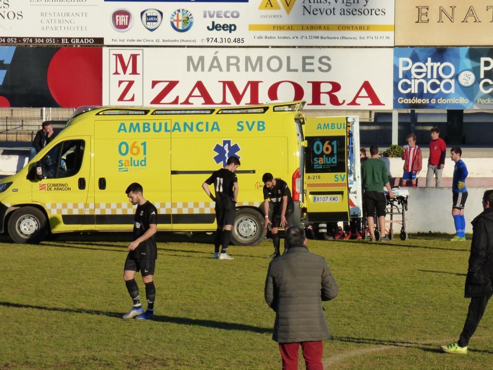 Ingresan a un jugador del Zaragoza 2014 en el Hospital de Barbastro tras sufrir un golpe