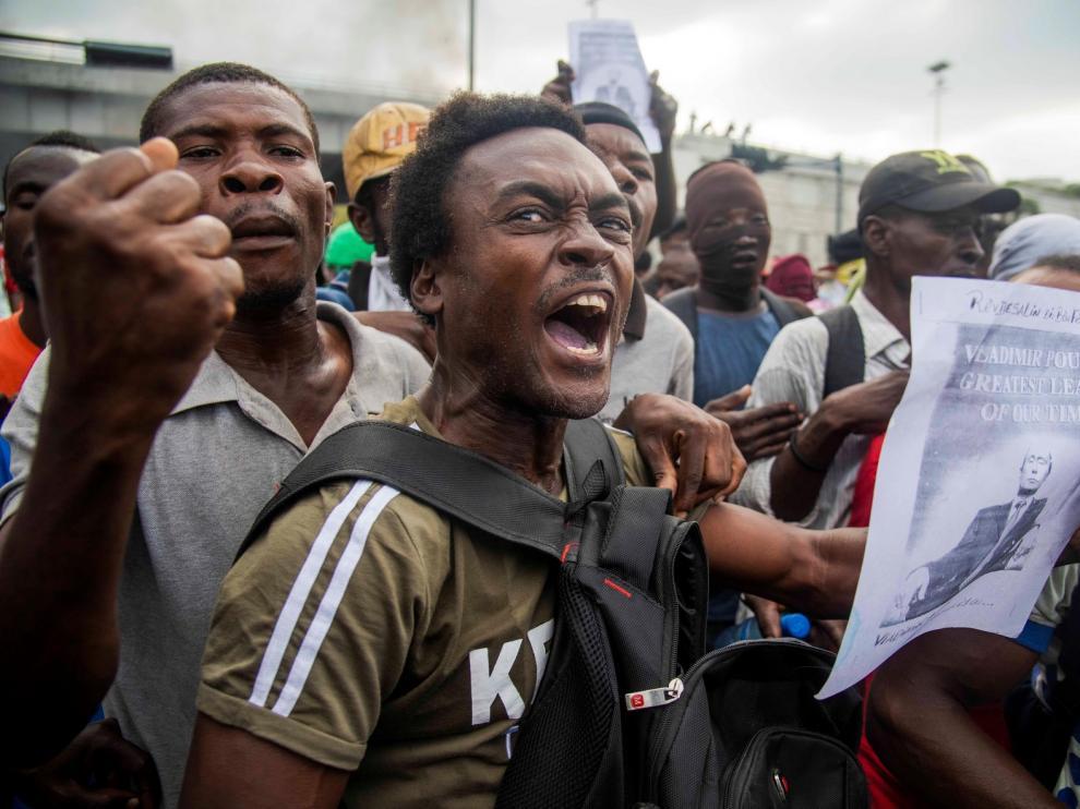 El primer ministro haitiano anuncia medidas para bajar la tensión