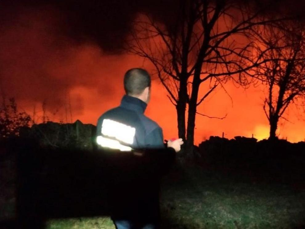Baja a 32 el número de fuegos activos en Cantabria