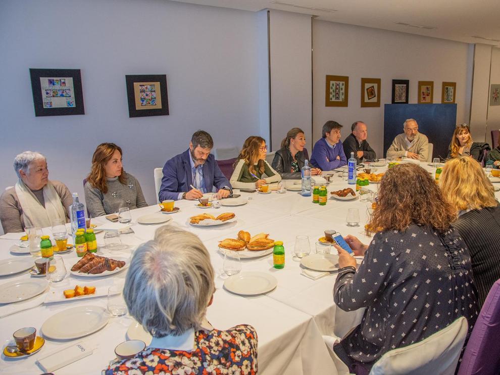 Primeras reuniones de la candidata del PP en Huesca con colectivos sociales