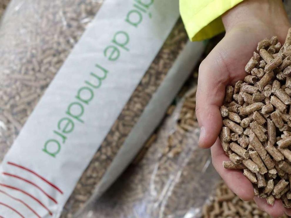 Erla cuenta con la mayor planta de pellets de España