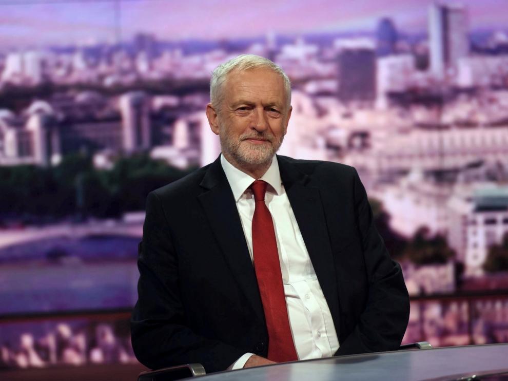 Siete laboristas dejan el partido en oposición a Corbyn