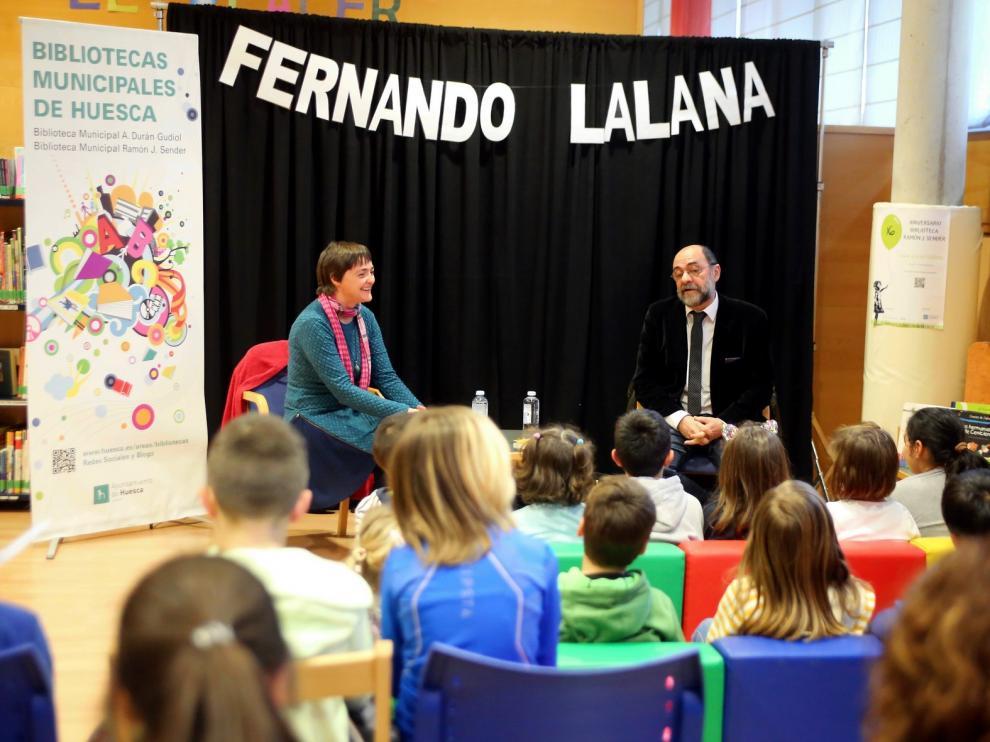 """Fernando Lalana: """"Para dedicarse a la literatura no hace falta que te encante escribir"""""""
