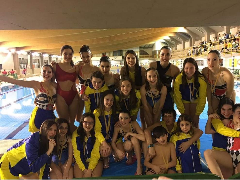 Siete medallas para el CPC Somontano en el Campeonato de Aragón de natación artística