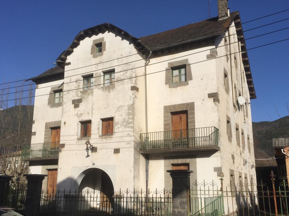 Biescas pedirá a la DGA la rehabilitación de dos casas forestales como viviendas