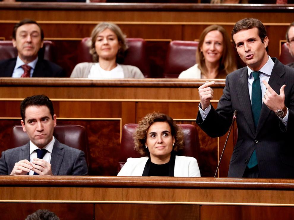 """Casado a Sánchez: """"Empaquete el colchón, lo sacará de Moncloa en dos meses"""""""