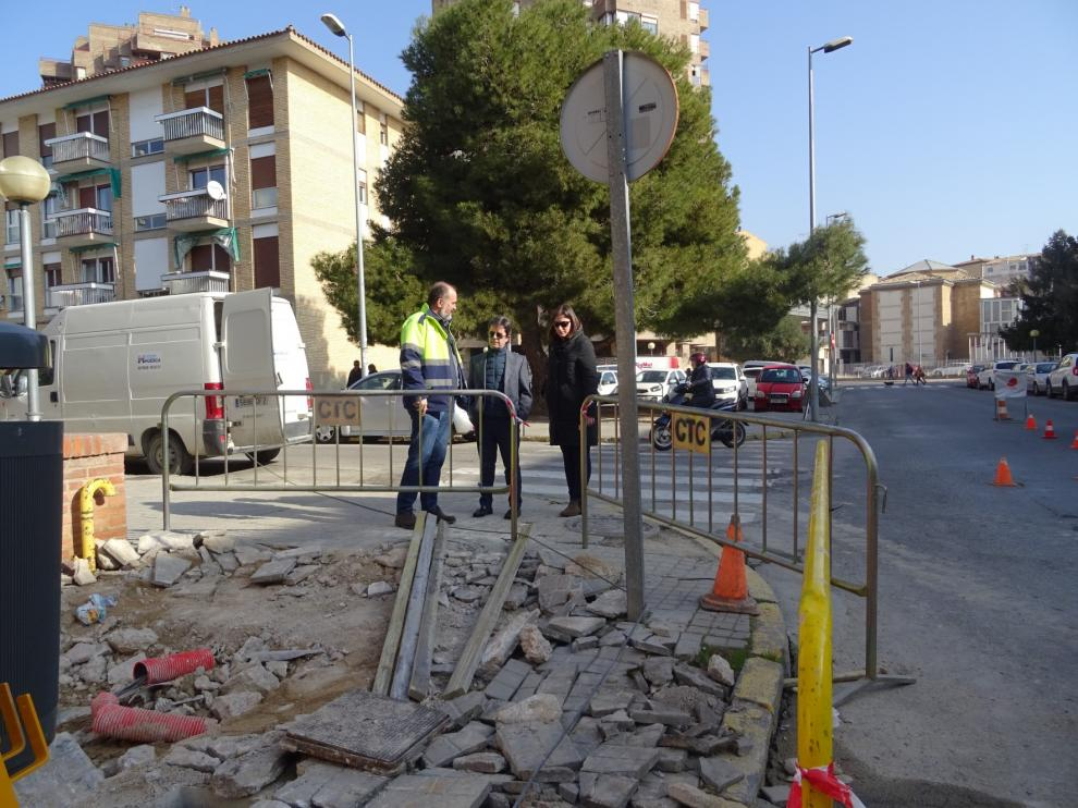 Las últimas actuaciones de mejora de aceras e iluminación en calles de Huesca superan los 200.000 euros