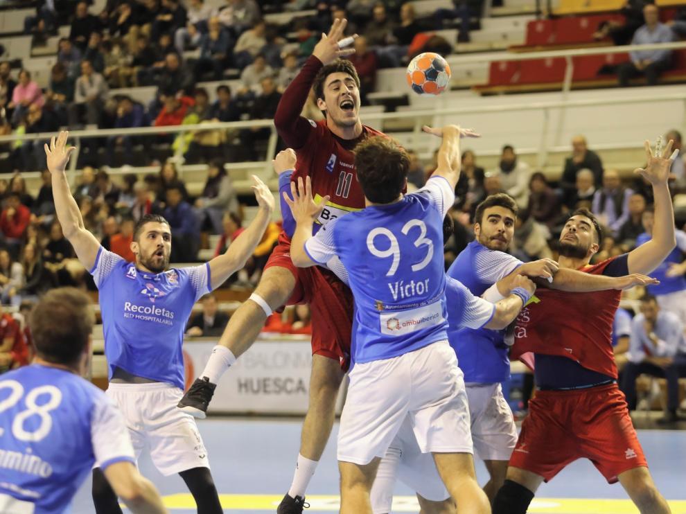 Bada Huesca busca una victoria en casa para seguir optando a todo