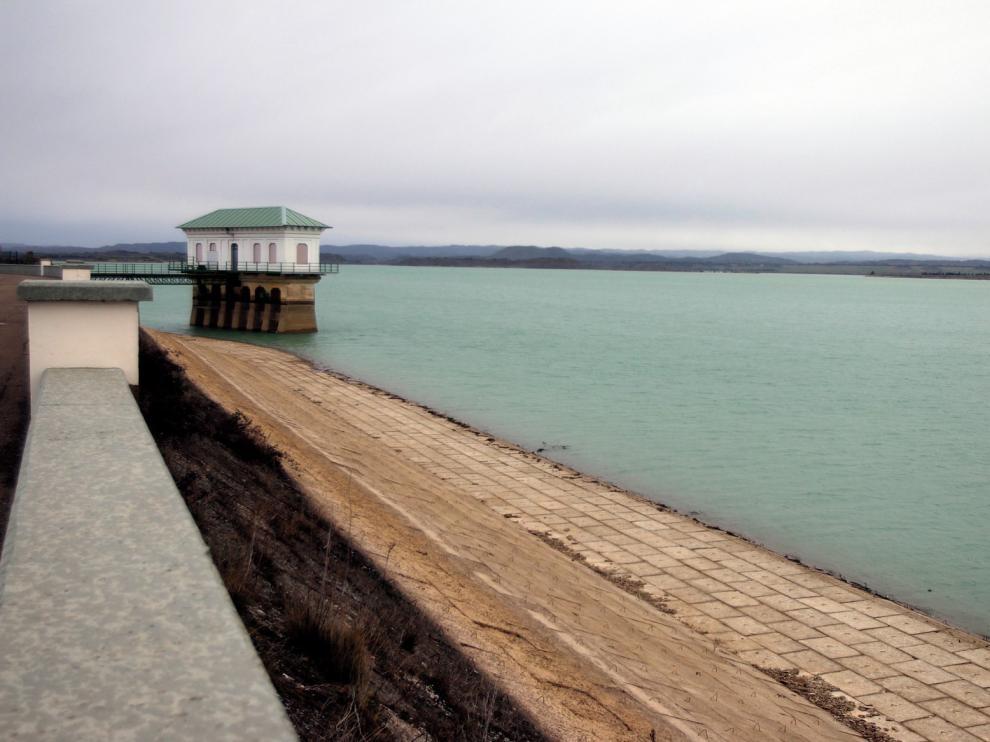 Olona destaca la rápida actuación por los problemas de agua en La Sotonera