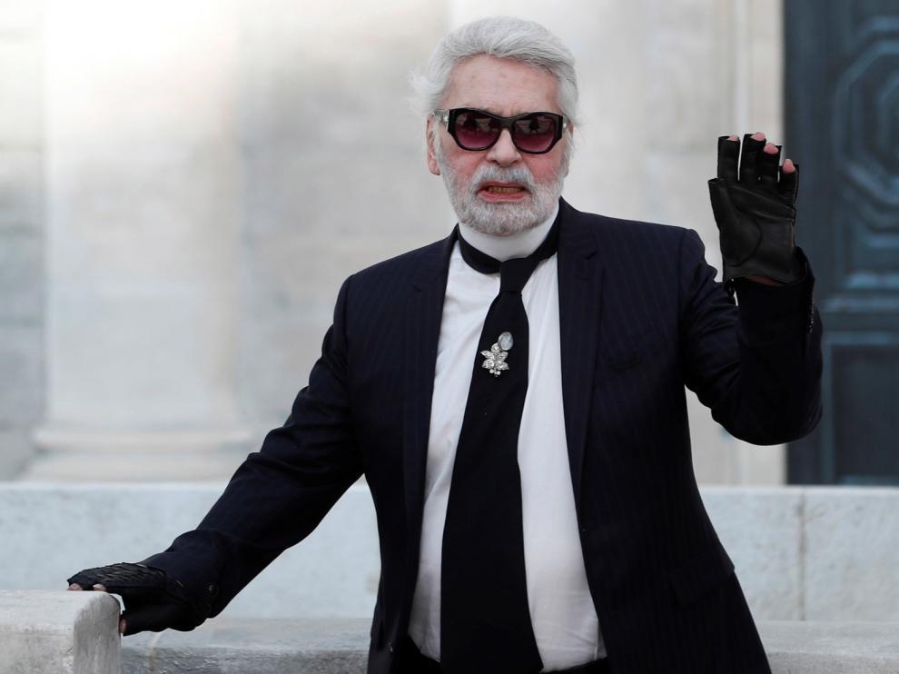 """""""Flash Moda"""" homenajea este sábado al modisto Karl Lagerfeld"""