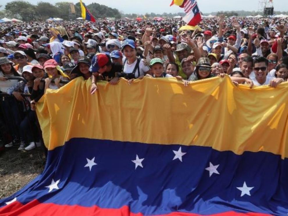 El Gobierno de Venezuela acusa a militares desertores de planear una incursión