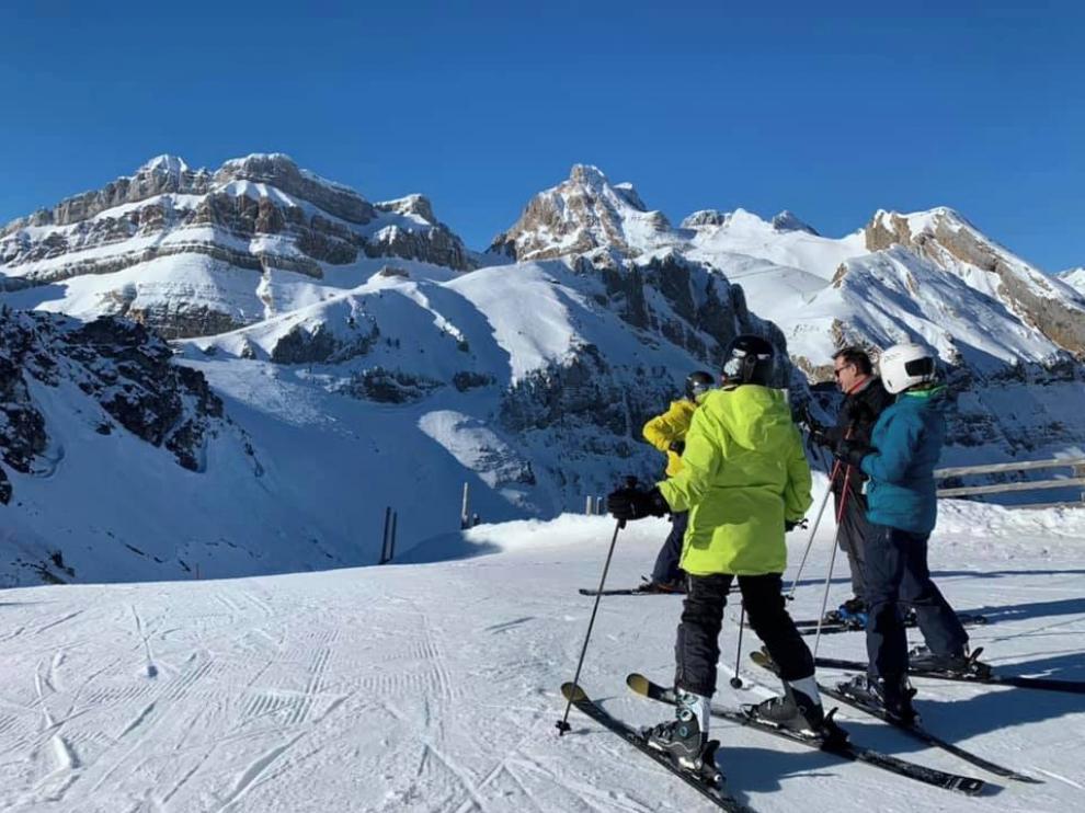 Retenciones en las salida de las estaciones de esquí Cerler y Candanchú