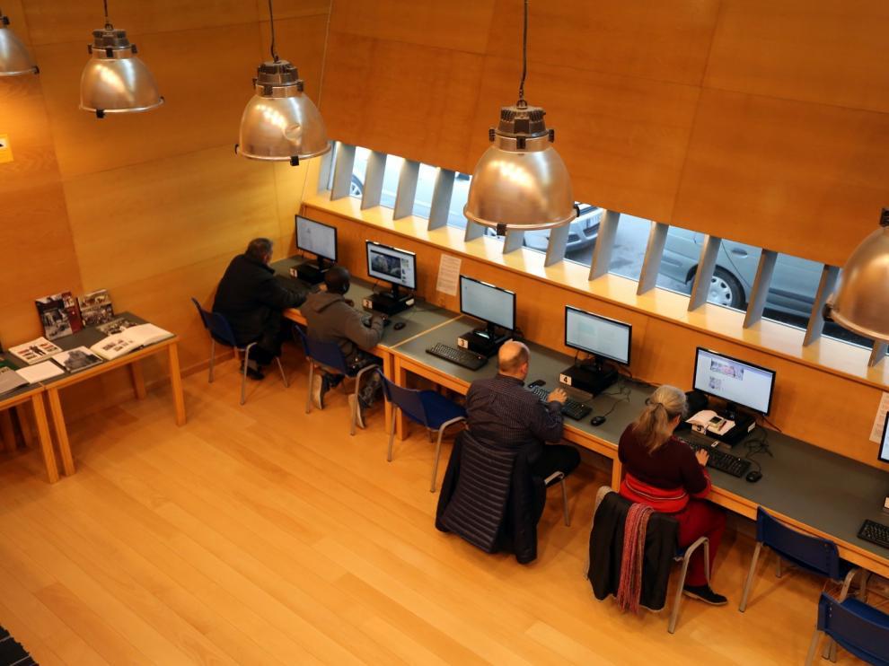 La biblioteca Ramón J. Sender aumenta un 2,5 por ciento los préstamos el año pasado