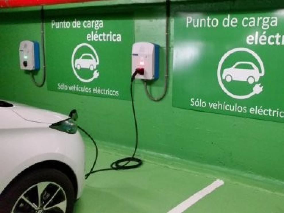 Ciudadanos solicita la instalación de puntos de recarga para vehículos eléctricos en Huesca