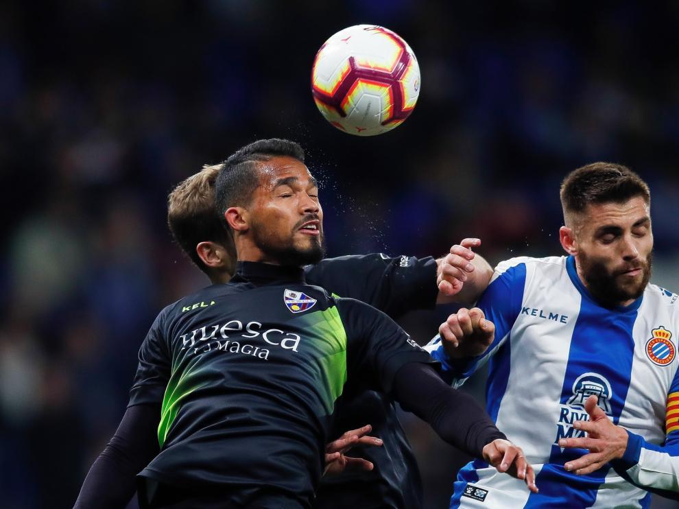 El Huesca vuelve al trabajo y Francisco busca al sustituto de Rivera