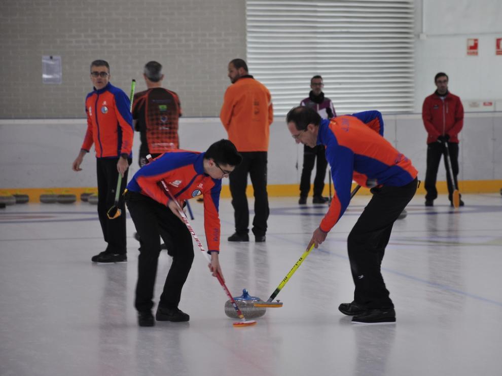 El Curling Club Hielo Jaca, sexto en el ecuador del Nacional masculino