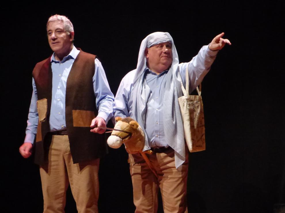 Allegro Teatro divierte al público de la Muestra Amateur de Biescas