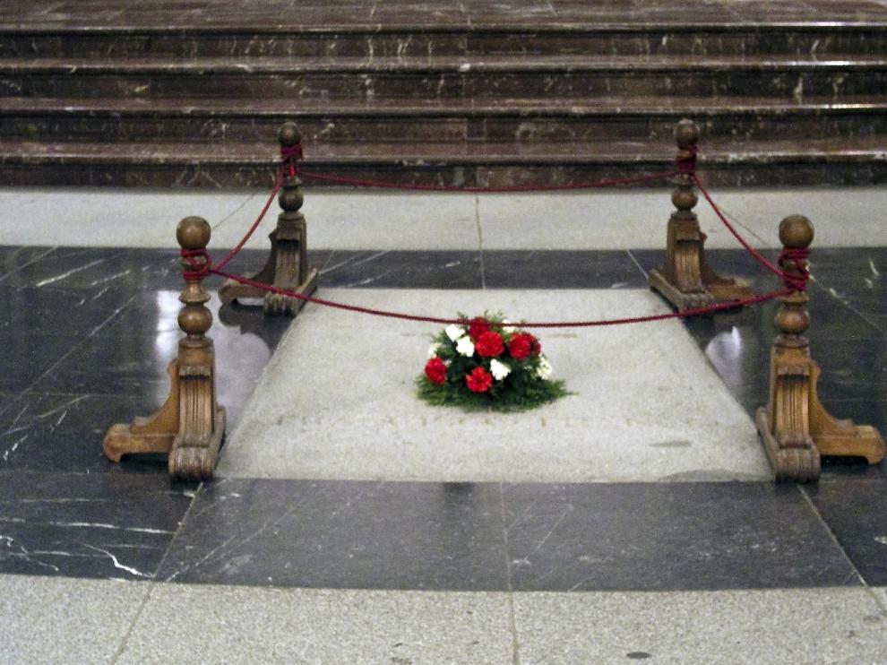 Demandas retrasan la exhumación de Franco