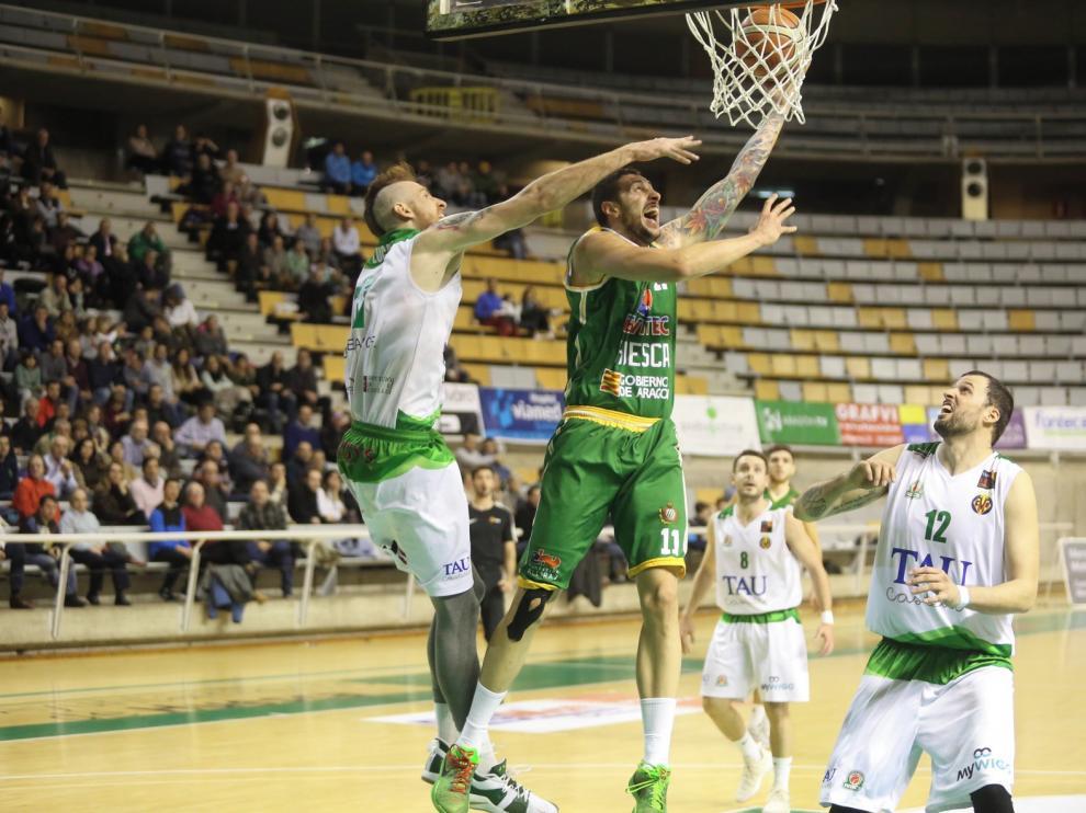 El descenso de anotación lastra al Levitec Huesca