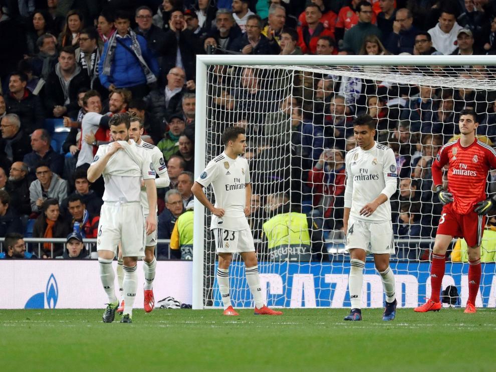 El Ajax remonta y deja al Real Madrid en la ruina
