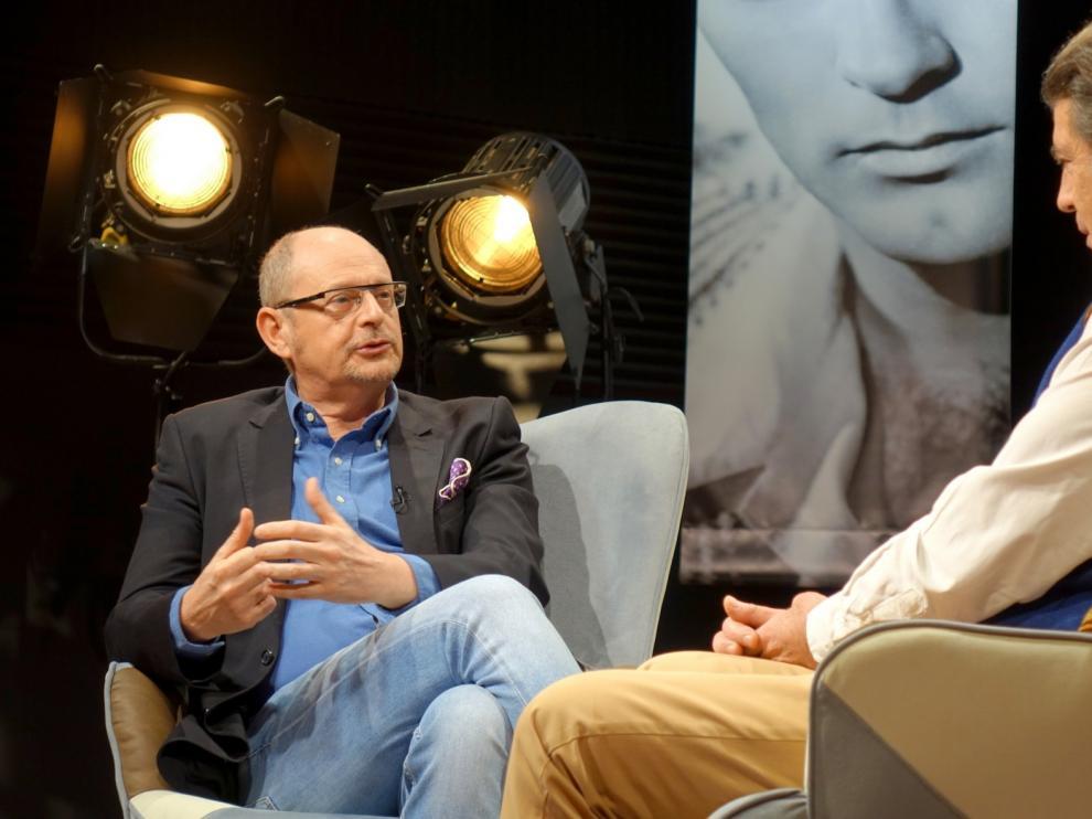 """Fernando Marías y """"El golpe"""", en """"La noche negra"""" de Aragón TV"""