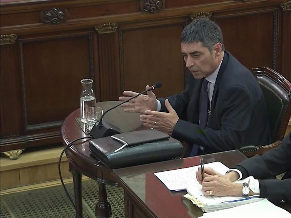 Junqueras, Forn y el secretario del TSJC, son algunos de los 104 testigos en el juicio a Trapero