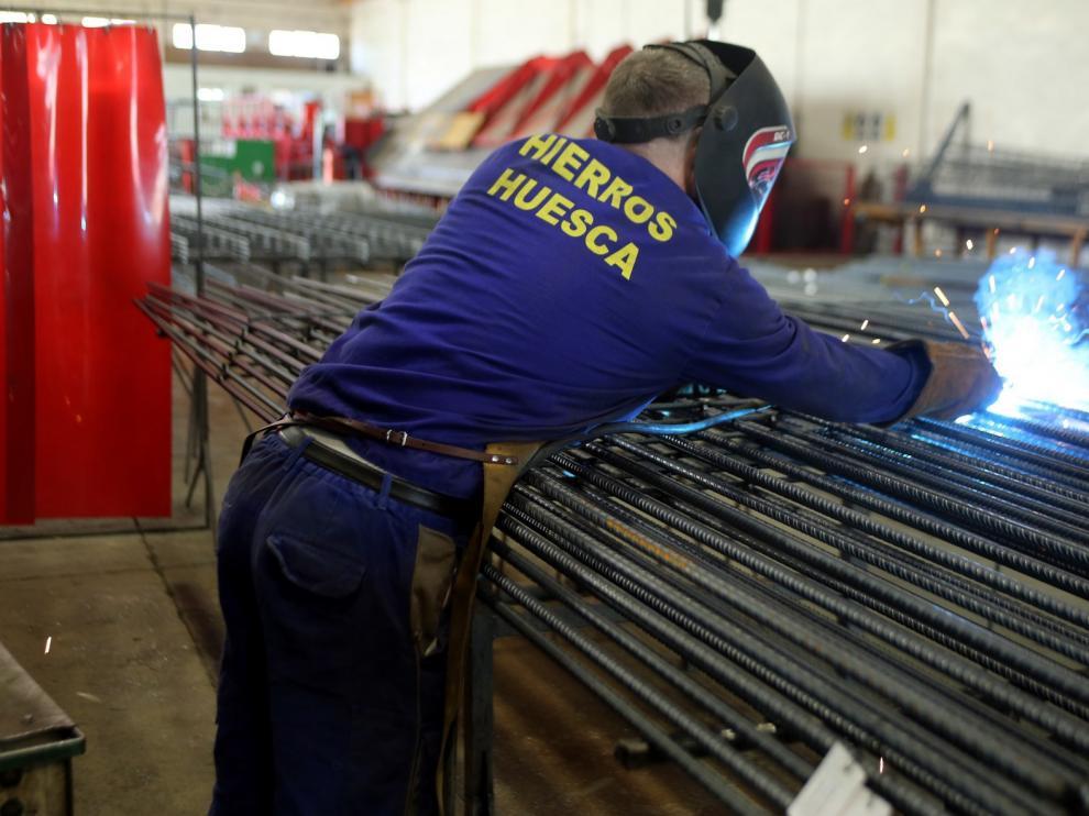 La facturación de las empresas se hunde un 16,8% en marzo