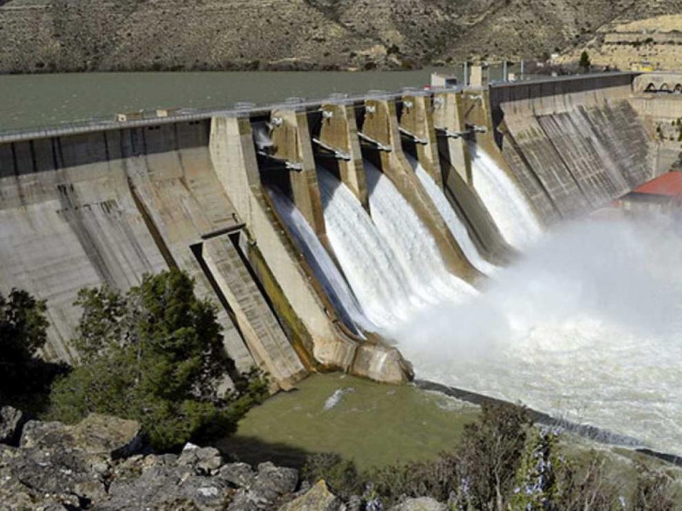 Aragón estudiará medidas legales contra el trasvase del Ebro