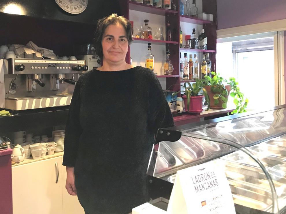 María José Eneri dejó la hostelería en Jaca tras 23 años para volver a Caldearenas