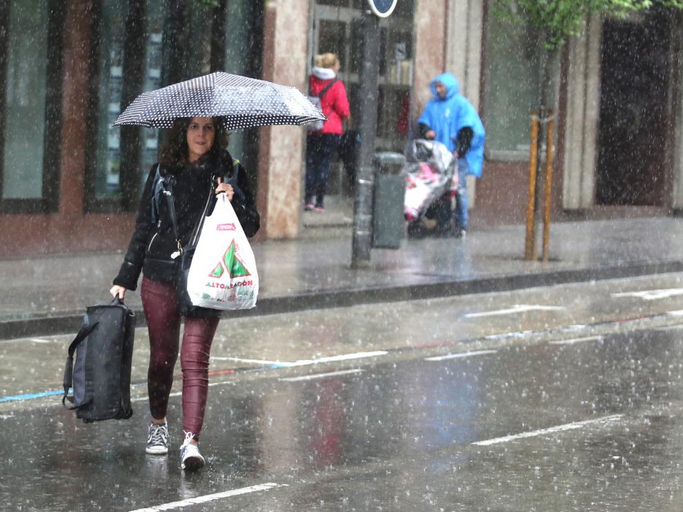 Alerta por lluvias y tormentas en el Pirineo, centro de Huesca y Cinco Villas