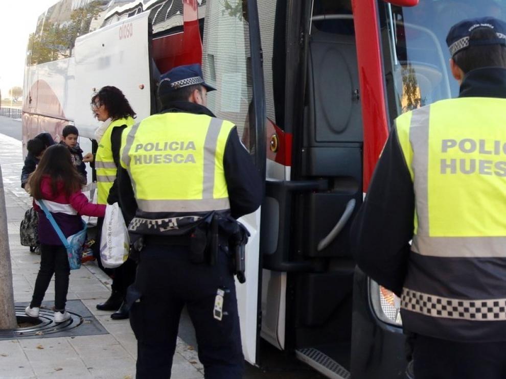 Nuevo paso para cubrir tres plazas de agente en la Policía Local