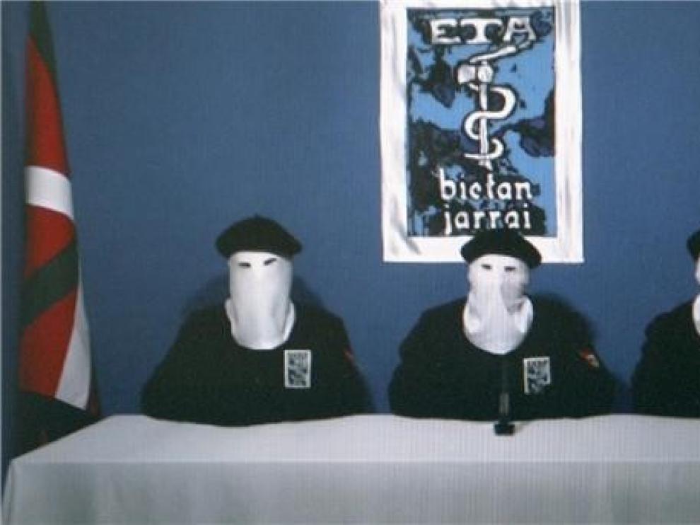 Primer año sin ETA entre la indiferencia de los partidos y la sociedad