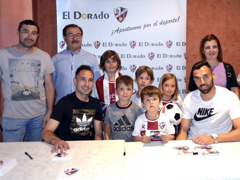 David Ferreiro y Enric Gallego reciben en Barbastro el cariño de los aficionados
