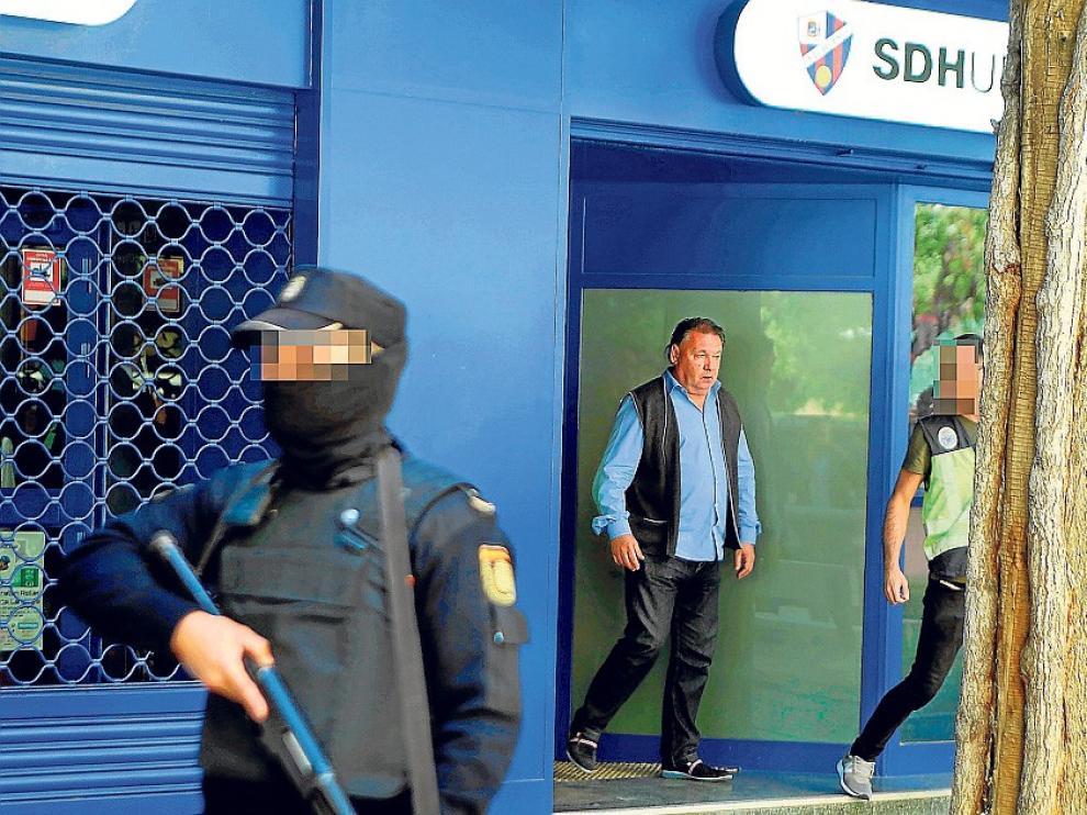 Raúl Bravo y Aranda tenían amenazado al presidente del Huesca por una deuda de 100.000 euros, según El Mundo