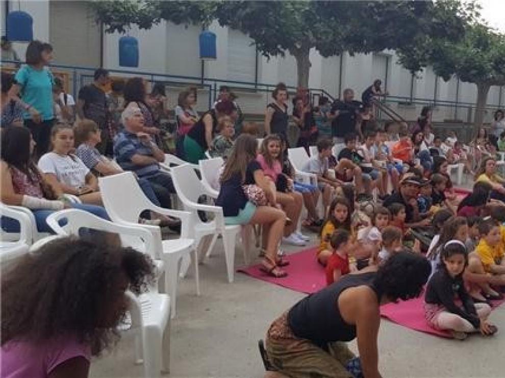 El circo y las artes escénicas de Acambalachous toman Altorricón